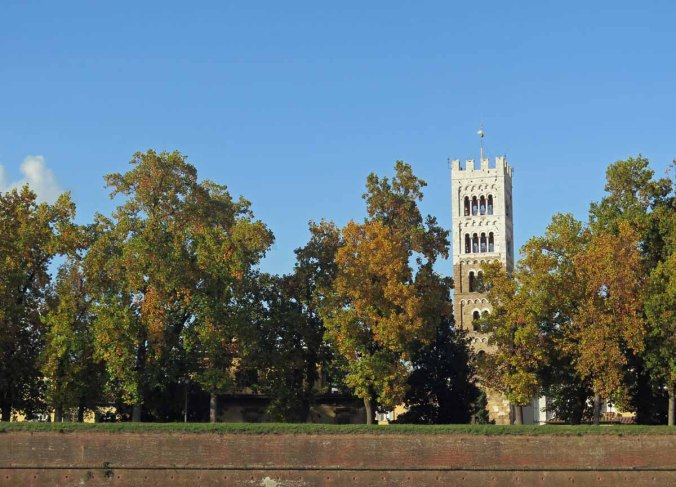 lucca02