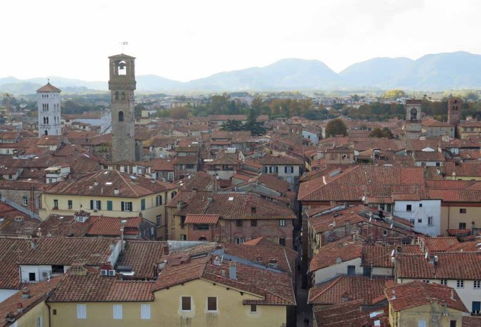 lucca06