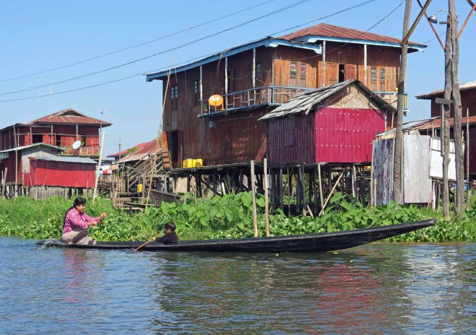 inle 018